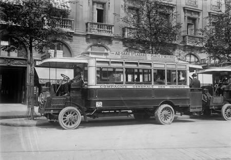 Bus place Saint Michel à Paris en 1912