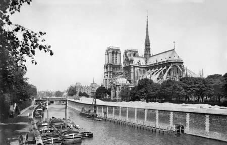 Comodino di Notre-Dame de Paris