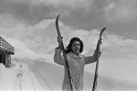 Dalida negli sport invernali nel 1960