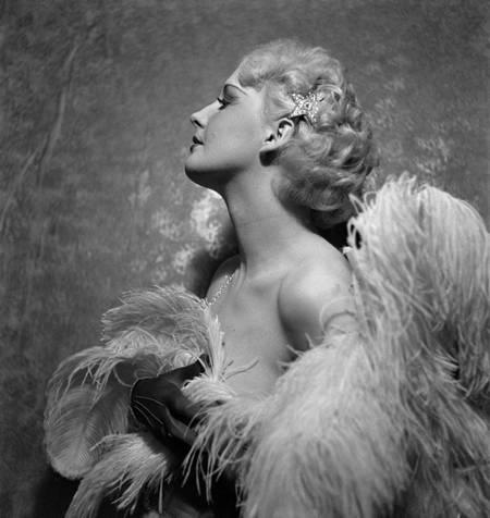 Dancer of the Folies-Bergère