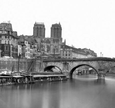 Le pont saint-michel et notre-dame - Paris