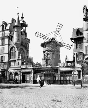 Paris - Le Moulin-Rouge