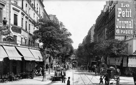 Paris avenue Secrétan