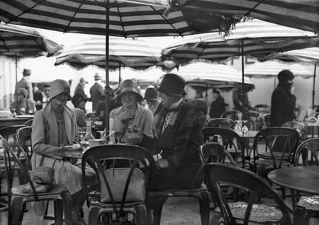 Tea room at Galeries Lafayette