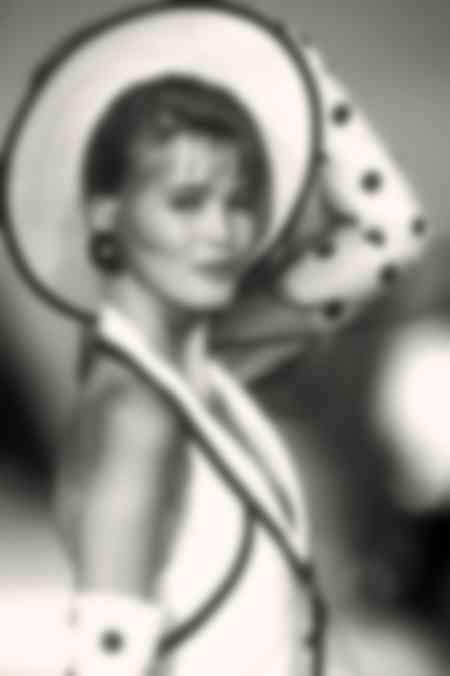Claudia Schiffer - Alta costura