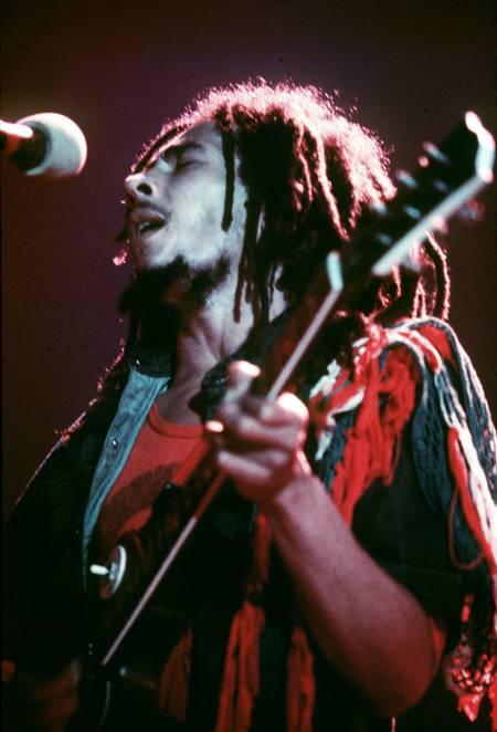 Bob Marley sur scène à Hammersmith Odeon