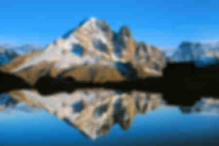 El Lago Blanco y el Aiguille Verte