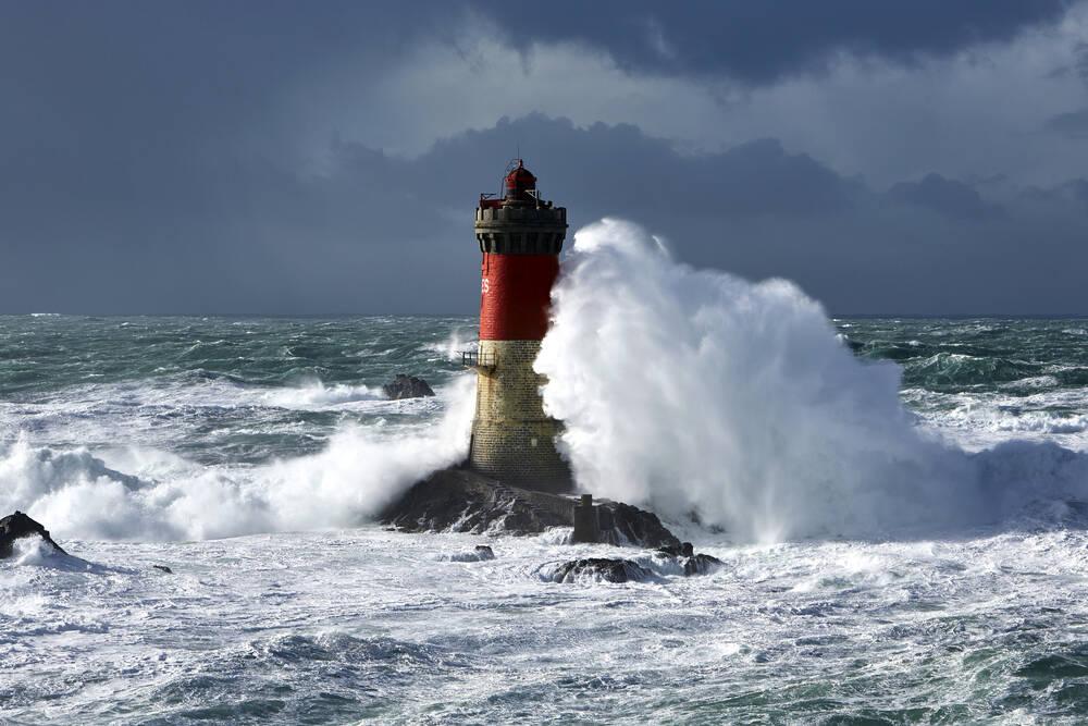 Rough sea at lighthouse Pierres Noires- Benoit Stichelbaut