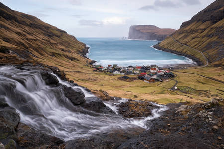 Cascade on Tjørnuvik - Faroe Islands