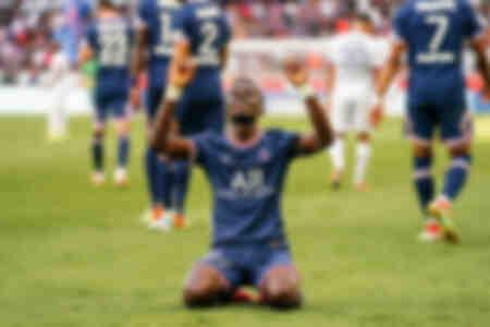 Célébration - Idrissa Gueye
