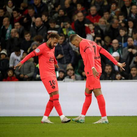 Célébration - Neymar Jr et Kylian Mbappé