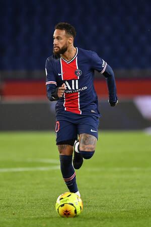 Neymar Jr face au Dijon FCO
