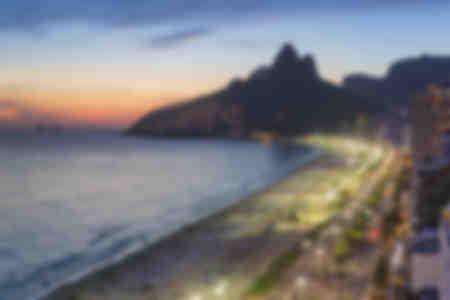 Tramonto sulla spiaggia di Ipanema
