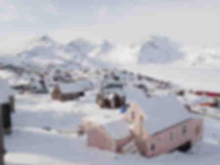 Sikt i byn Tasiilaq