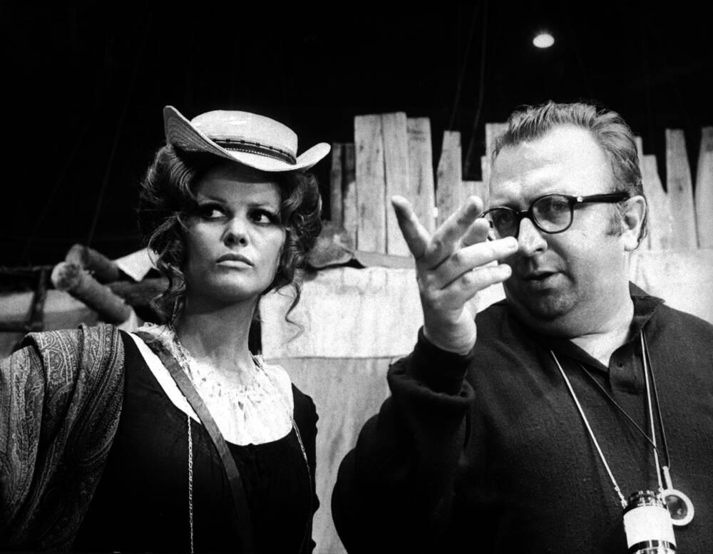Claudia Cardinale Und Sergio Leone Bild Kaufen Verkaufen