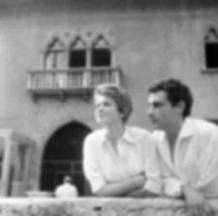 Gian Maria Volontè y Carla Gravina
