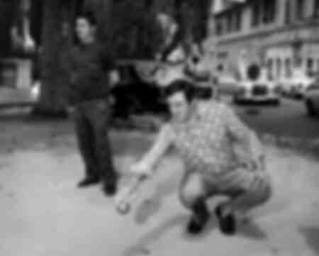 Lino Ventura gioca a bocce