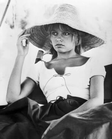 Brigitte Bardot sur le tournage du film Les amoureux