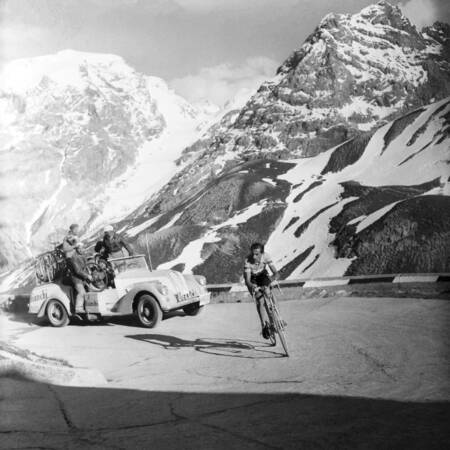 Fausto Coppi at the 1953 Giro d'Italia