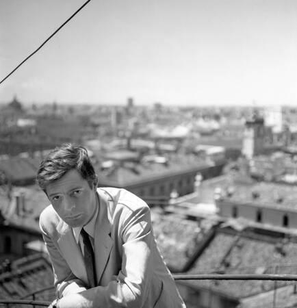 Marcello Mastroianni Milan 1960