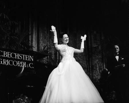 Renata Tebaldi im Manzoni Theater
