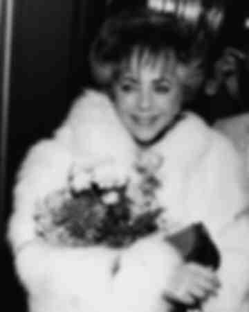 Elizabeth Taylor in London 1985