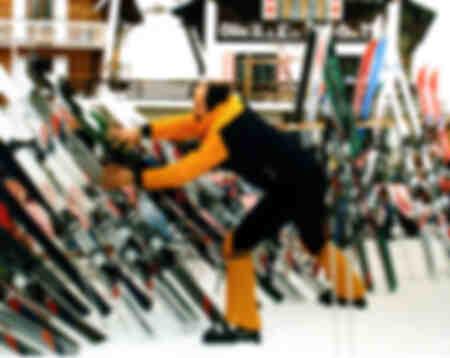 les bronzés font du ski-Ils ne tomberont pas plus bas
