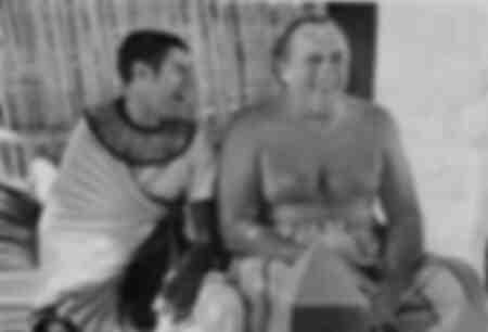 Un momento di relax dietro le quinte con Gérard Depardieu