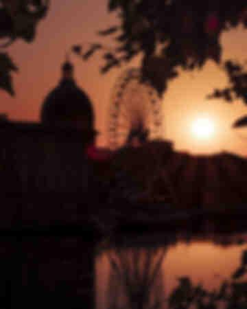 Toulouse - La Grave Silhouette