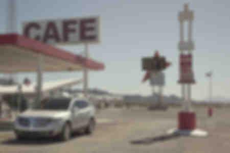 Vintage gasolinera en la Ruta 66, California, EE.