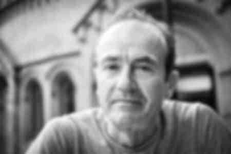 Hugh Cornwell de The Stranglers en Londres el 9 de septiembre de 2010