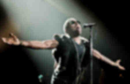 Lenny Kravitz se produit au Hammersmith Apollo à Londres en octobre 2011
