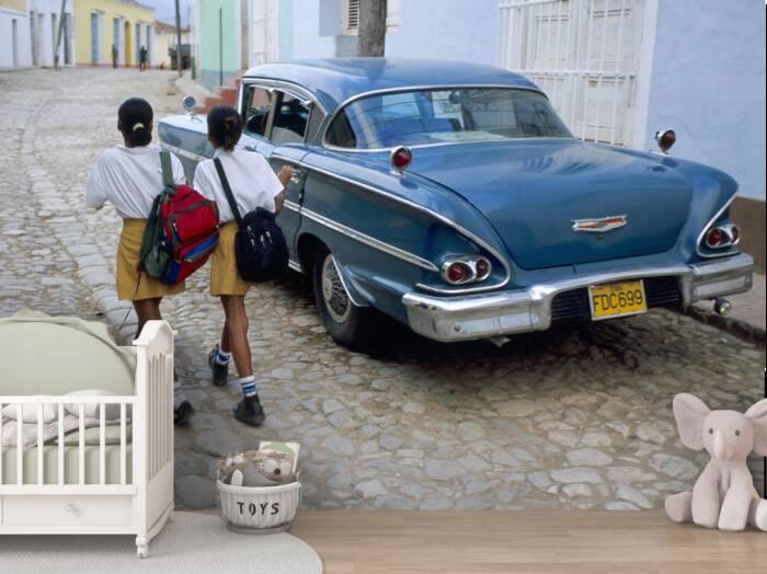 Cuban schoolgirls