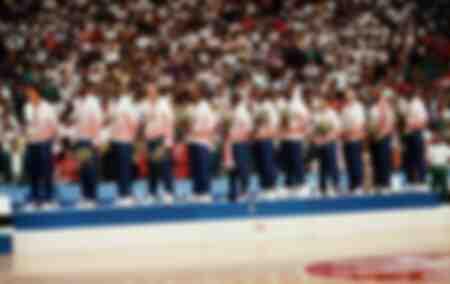 L'American Dream Team di basket riceve una medaglia d'oro