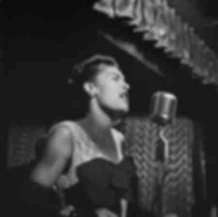 Billie Holiday al Club Downbeat di New York City
