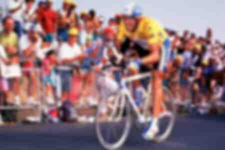El español Miguel Indurain en la pista