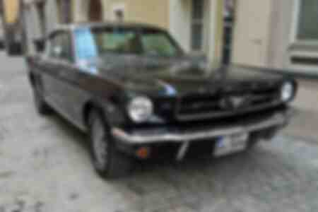 Ford Mustang 289 oldtimer avec plaque d'immatriculation H à Ratisbonne