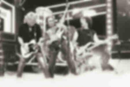 Photo du groupe Status Quo dans l'émission de télévision allemande Na Sowas