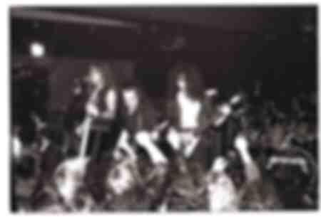 Metallica actuando en Broadway Jacks en Chicago