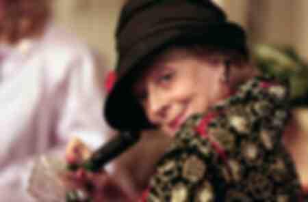 Magggie Smith dans le film Les divins secrets