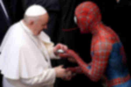 Papst Franziskus hält seine wöchentliche Audienz