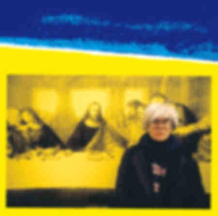 Andy Warhol pose devant la Cène