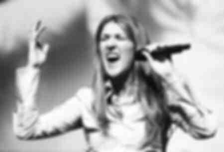 Céline Dion en 2004